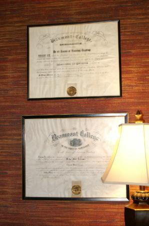 Beaumont Inn Dining Room : Certificates of Beaumont College