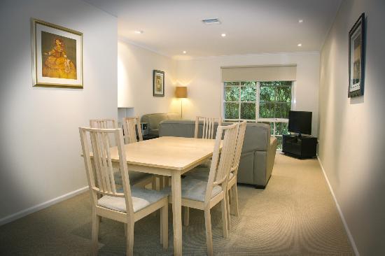 eltham gateway hotel conference centre 2017 prices. Black Bedroom Furniture Sets. Home Design Ideas