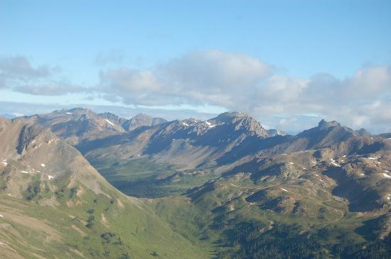 Purcell Mountain Lodge: View from Helicopter