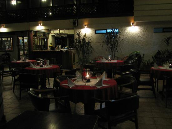 Selva Verde Lodge: Pizza Restaurant at Night