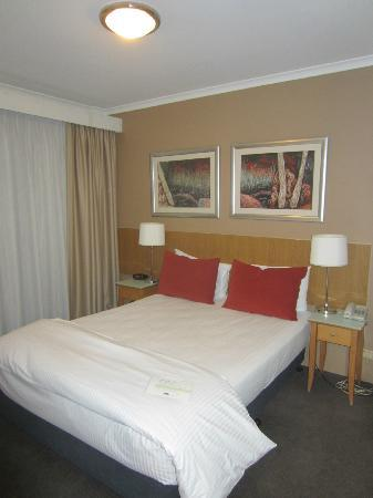 Medina Serviced Apartments Martin Place: Bedroom Area - 1BR Apartment