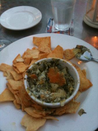 Patio American Grill: Spinich Artichoke Dip YUM!