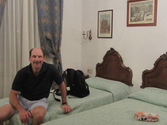 Hotel Parlamento: Room