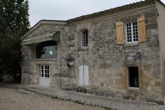 Chateau la Vieille Chapelle: The building