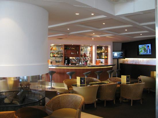 Novotel Amboise: Bar area