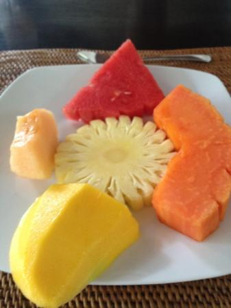 Villa Bali Asri: Fresh fruit platter every morning
