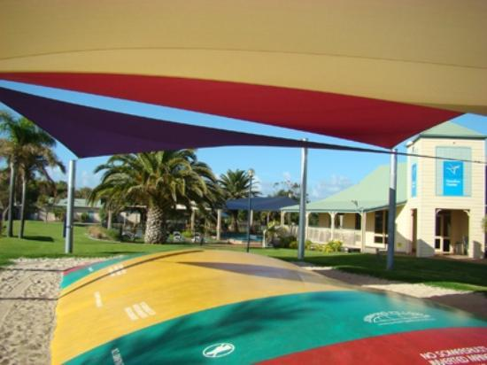 Adelaide Shores Resort: Our jumping pillow, pool and function room
