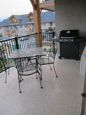 Bighorn Meadows Resort: Natural Gas BBQ