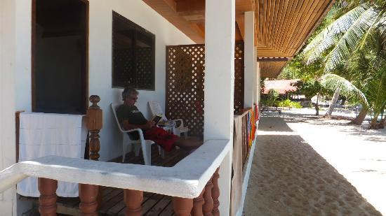 Bottle Beach 1 Resort: bungalow