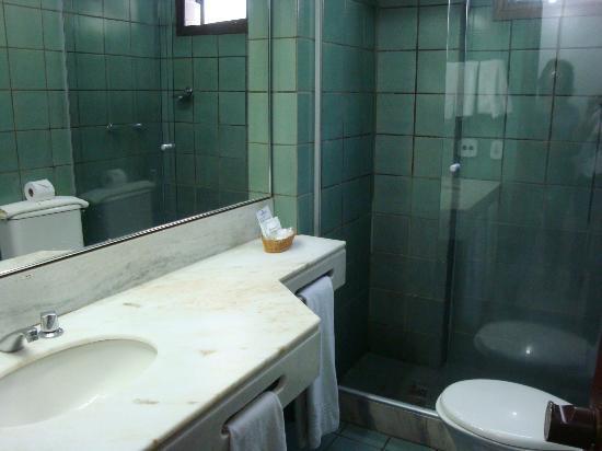 Golden Park Hotel: banheiro