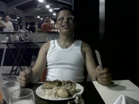 Laguna Mar: comiendo