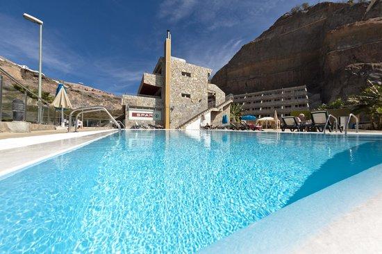 Hotel Terraza Amadores: Zona Piscina