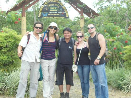 Lobos Tour: Jacob + Paola and Didier and two clients