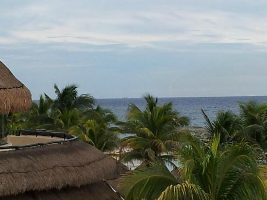 Catalonia Riviera Maya: View from the terrace above buffet