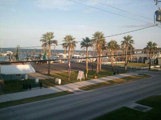 Inn At Fulton Harbor: the view from the upper deck