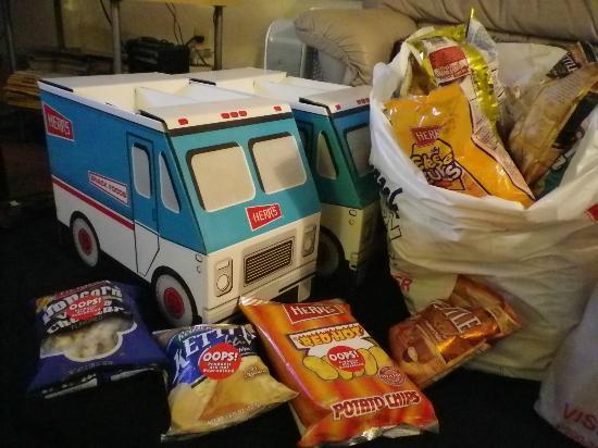 Herr's Snack Factory Tour: Snack from Herr