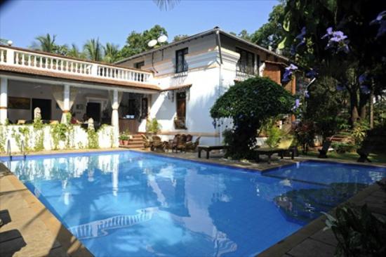 Divar Island Guest House Retreat: Swimming pool