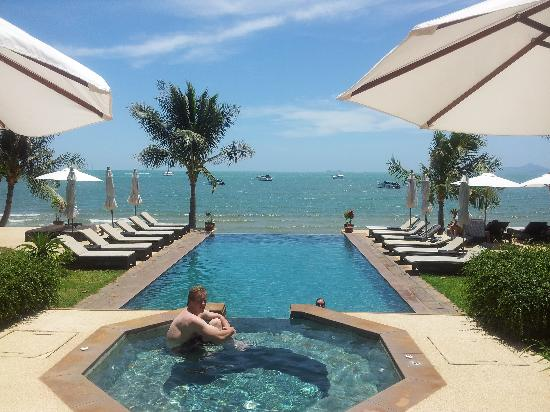 Saboey Resort and Villas : Pool