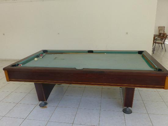 Hermes Apartments: the pool table