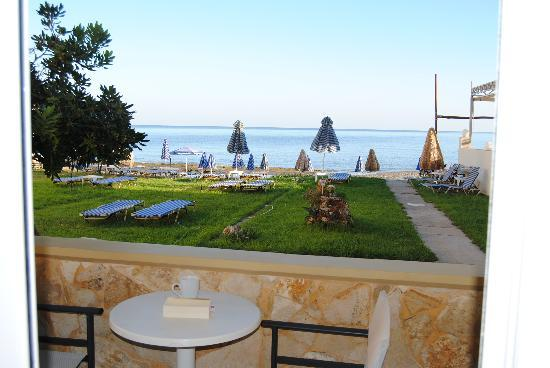 Ermis Suites : view from our terrace