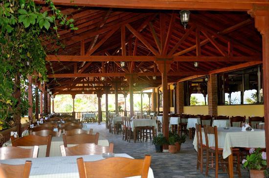 Dereli Motel: Frühstücksterrasse