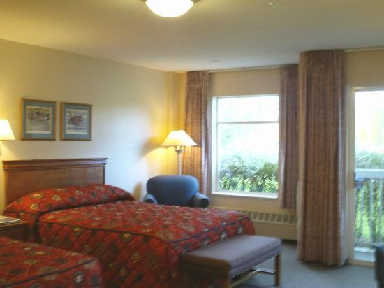 Wedgewood Resort: Our room (ground floor)
