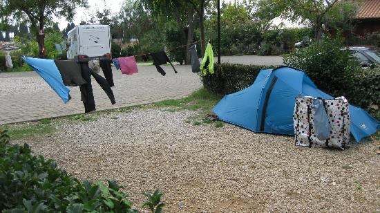 Camping Village Roma: Poor Me