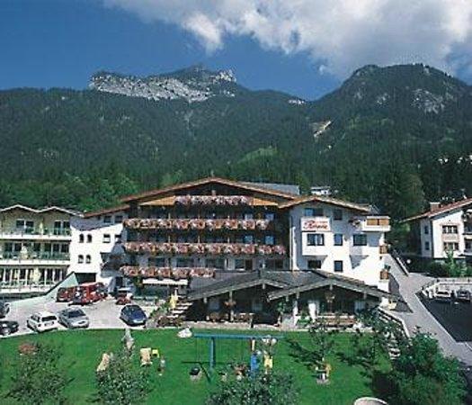 Hotel-Pension Rotspitz: Hotel Sommer