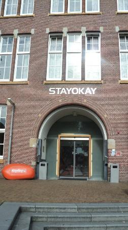 ‪‪Stayokay Hostel Amsterdam Zeeburg‬: Front entrance.‬