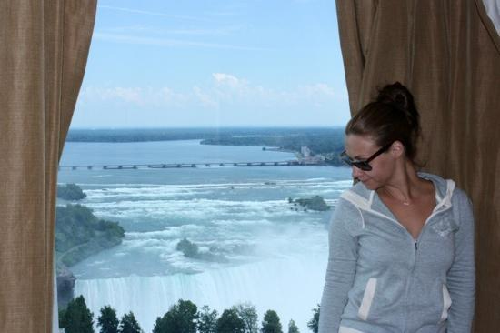 Hilton Niagara Falls/Fallsview Hotel & Suites: the view!!!