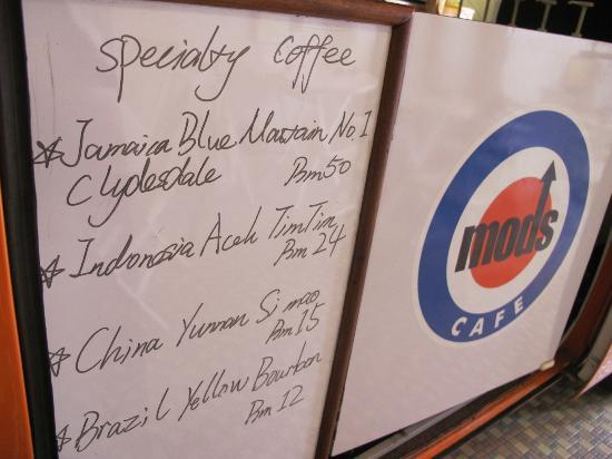 Mods Cafe: Specialty coffee choices
