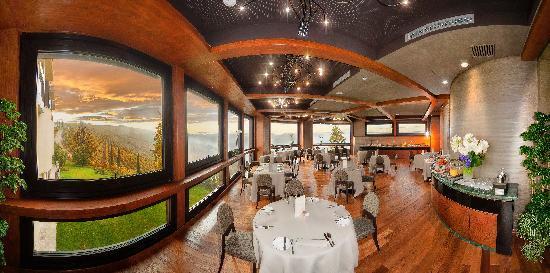 Il Boscareto Resort & Spa: Breakfast buffet in Veranda