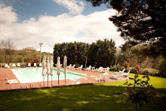 I Girasoli: Swimming Pool