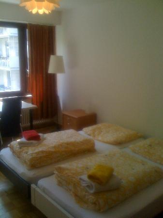 Basel Rooms Apartments: Double Room (studio apartment)