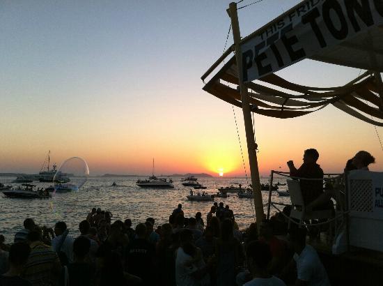 Sant antoni sunset picture of cafe mambo sant antoni de for Ibiza ristorante milano