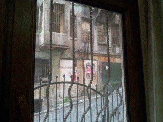 Hot Suites Taksim :                                     Exterior de la calle