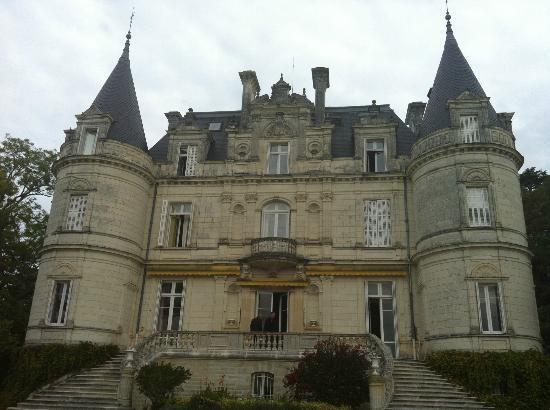 وددوميني دي لا تورتينيري: Chateaux 