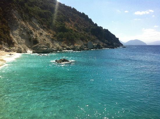 Enodia Hotel: amazing Agiofilli beach