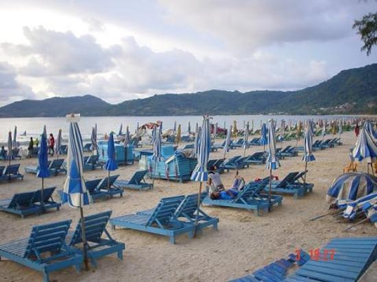 Baan Suwan Guesthouse: beach patong