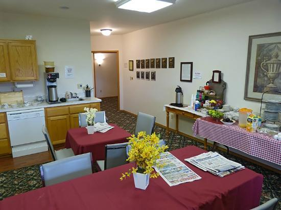 Anaco Bay Inn: comedor desayunos