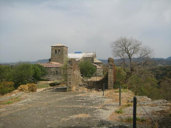 Parador de Vic-Sau: Arriving at the Monastery