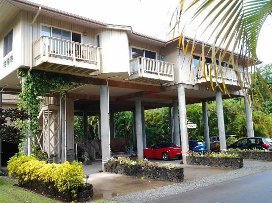 Hale Ho'o Maha Bed & Breakfast: Tsunami safe