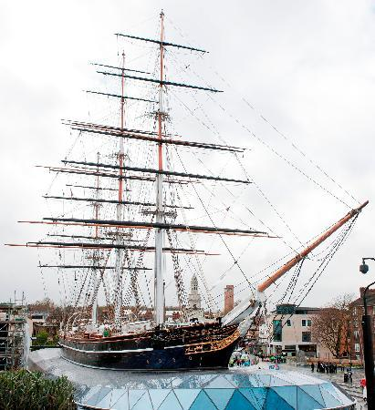 Cutty Sark: A Greenwich landmark right next to the DLR and Pier