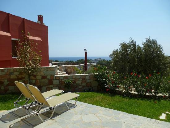 Petroto Villas: Terrasse mit Meerblick