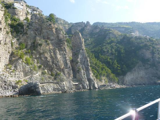 Noleggio barche Lucibello: along amalfi coast