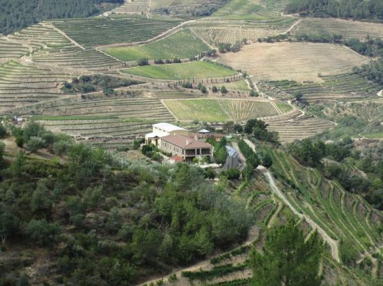 Hotel Quinta do Silval: Quinta do Silval - View from the road
