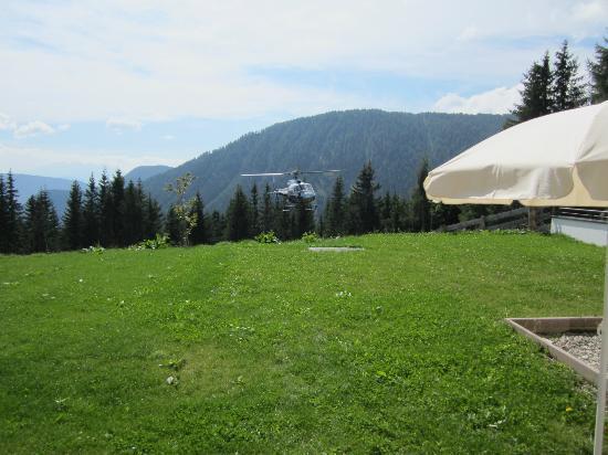 Hotel Auener Hof : Hubschrauber bringt Gäste
