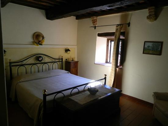 Agriturismo La Fonte: The master bedroom