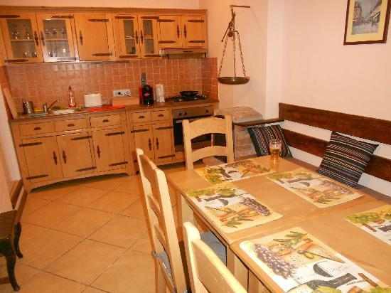 Guesthouse La Despani: Kitchen has oven, burners/cooker, refrig, and sink