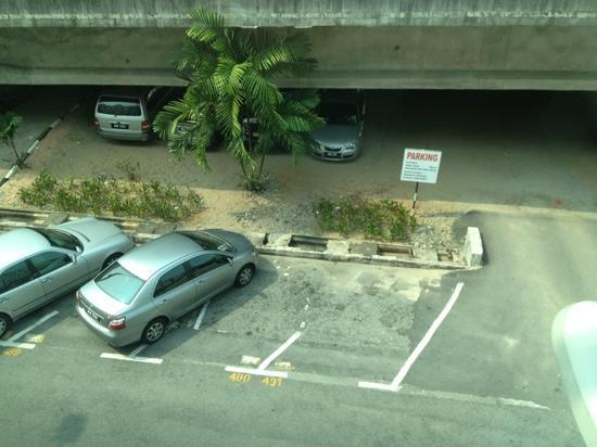 Venus Boutique Hotel: 21-23 Sep 12 view car park from room